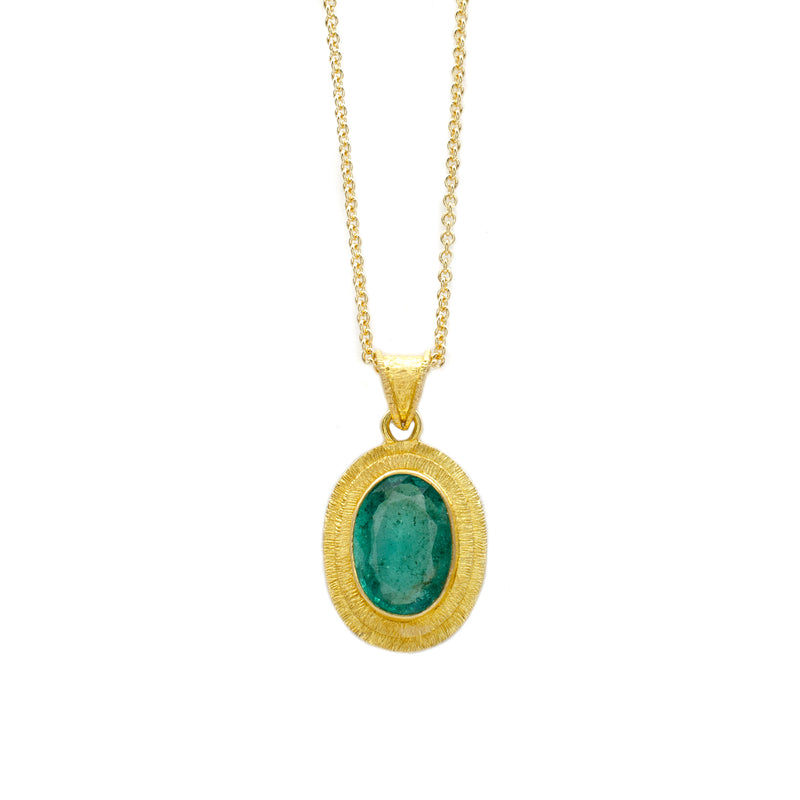 2.8ct Emerald Pendant