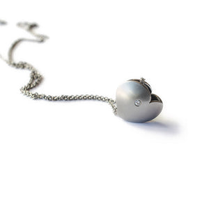 modern stainless steel diamond heart necklace