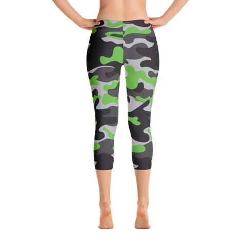 Capri Leggings / Green Camo