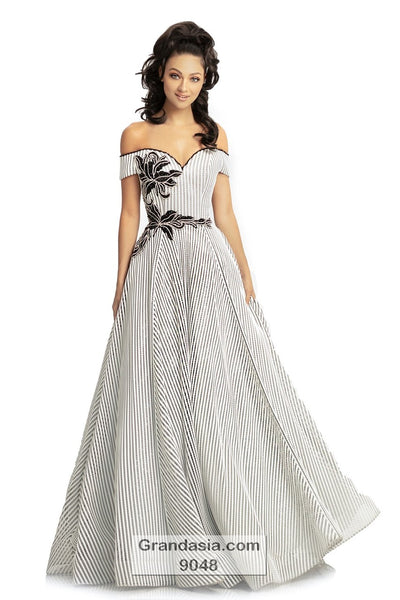 Johnathan Kayne 9048 Prom Dress