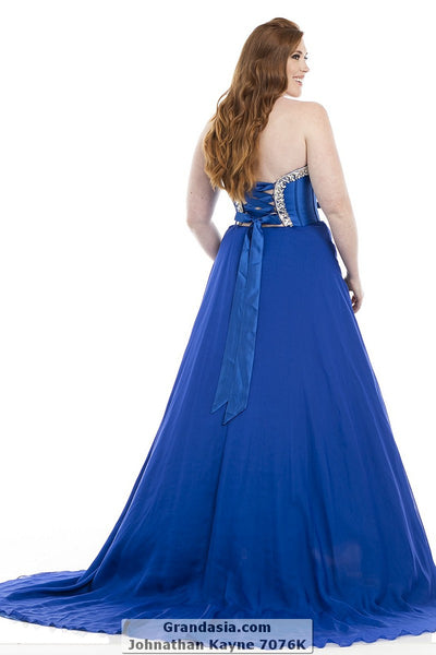 Johnathan Kayne Kurves 7076K Prom Dress
