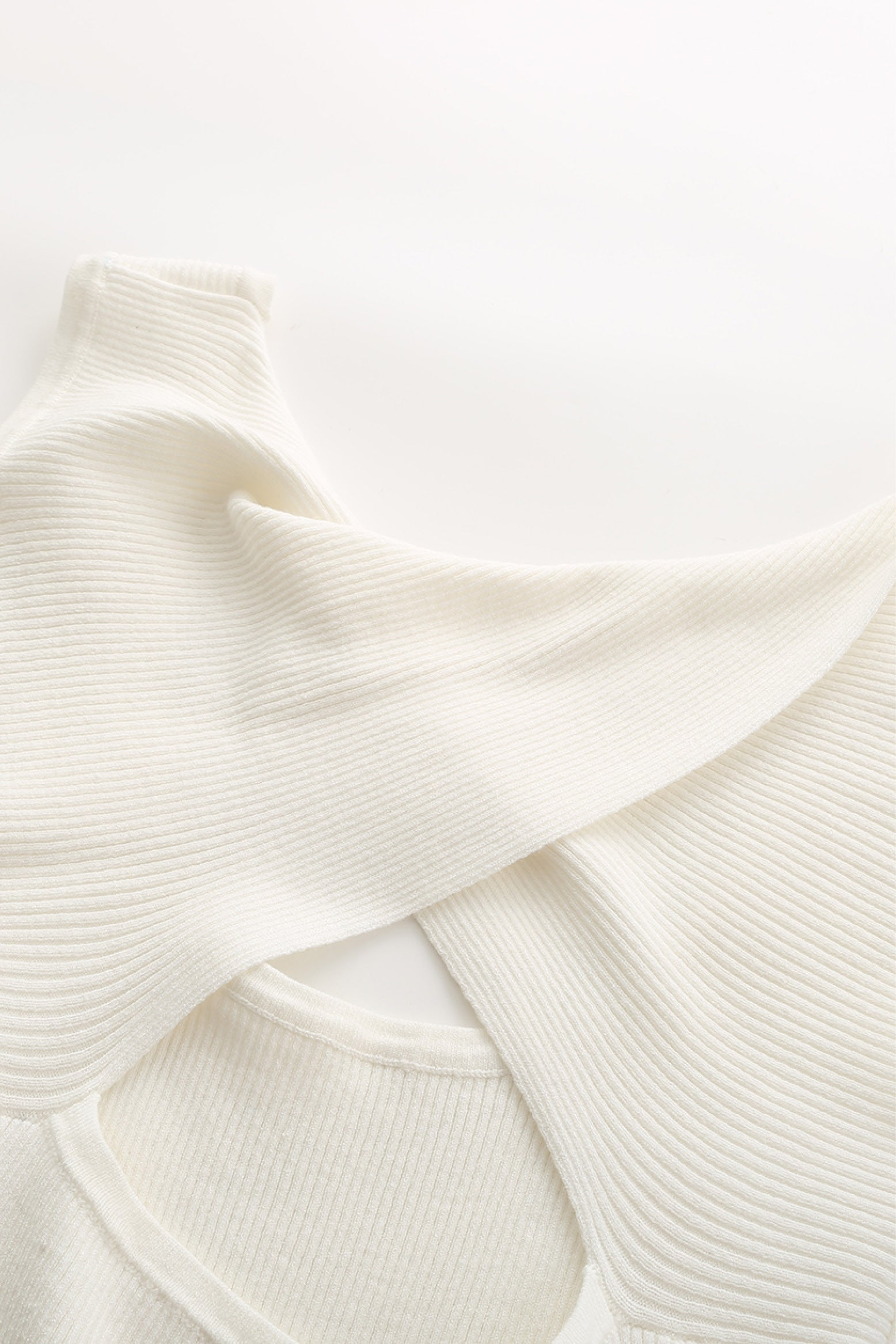 Grace u-neck jumper in white