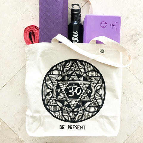 FUNKY YOGA Essentials