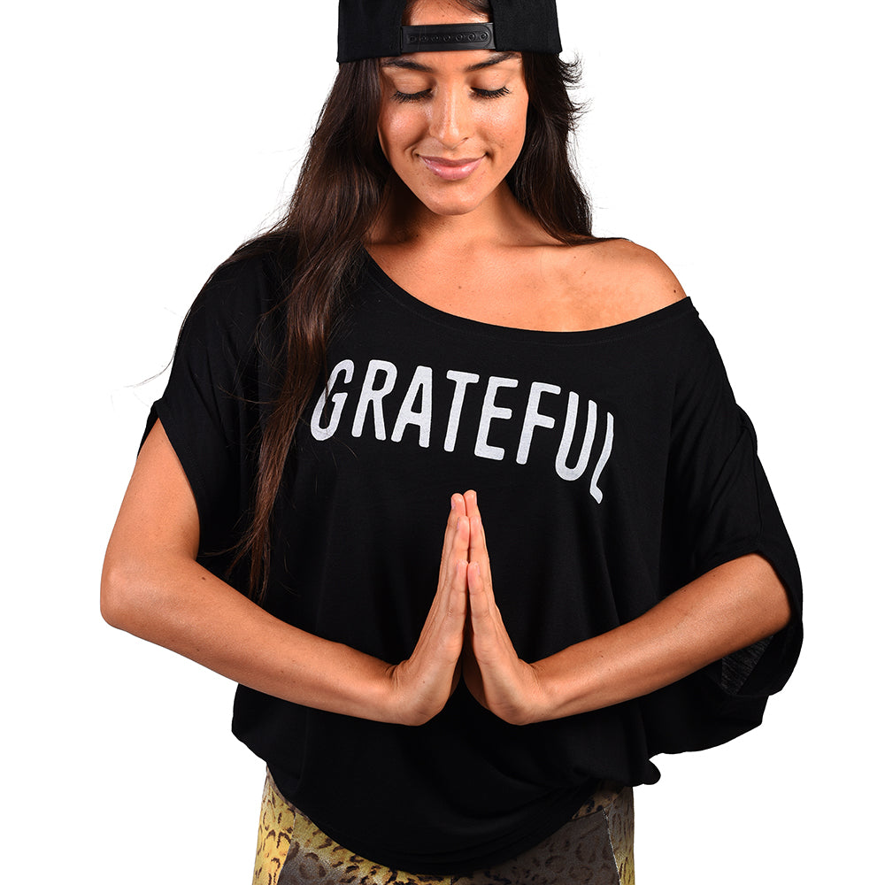 GRATEFUL ~ BLACK FLOWY CIRCLE TOP