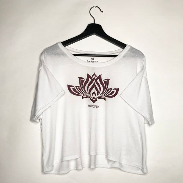 LOTUS WHITE FLOWY CROP TEE