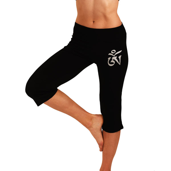 OM SOLID BLACK SOFT CAPRI PANTS