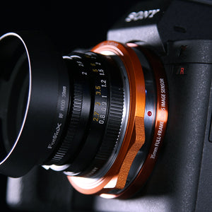 Fotodiox DLX Stretch Lens Mount Adapter - Leica M Rangefinder Lens to Sony Alpha E-Mount Mirrorless Camera Body with Macro Focusing Helicoid