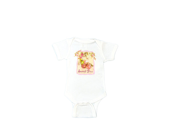 "Mumsy Goose - Cotton Graphic Onesie ""Sweet Pea"""