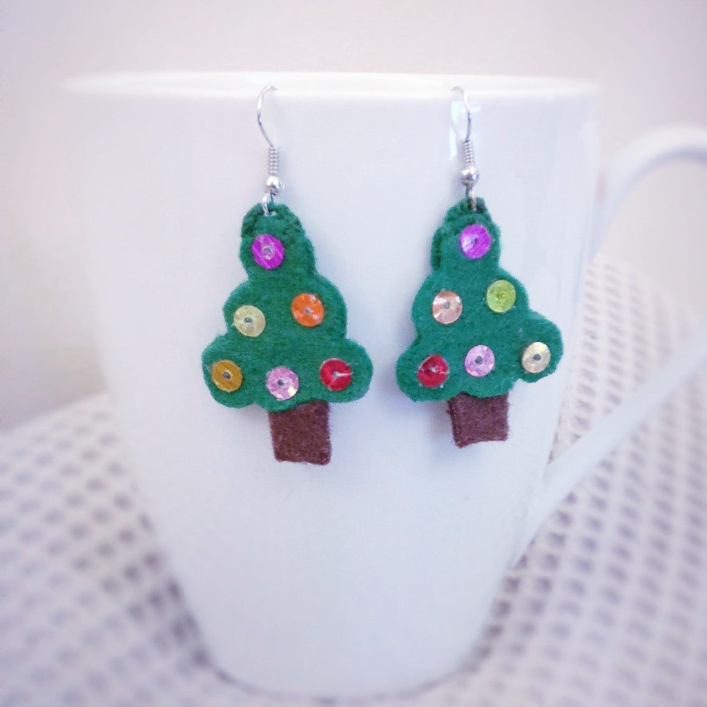 Christmas tree, Felt Dangle Earrings