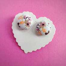 White and Purple, Floral, Fabric Button, Stud Earrings, Large pair, Beige Gardenia
