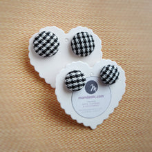 Black and White, Houndstooth, Dogstooth, Pied-de-poule, Fabric Button, Stud Earrings, 2 pairs