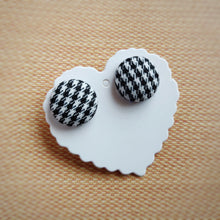 Black and White, Houndstooth, Dogstooth, Pied-de-poule, Fabric Button, Stud Earrings, Large pair