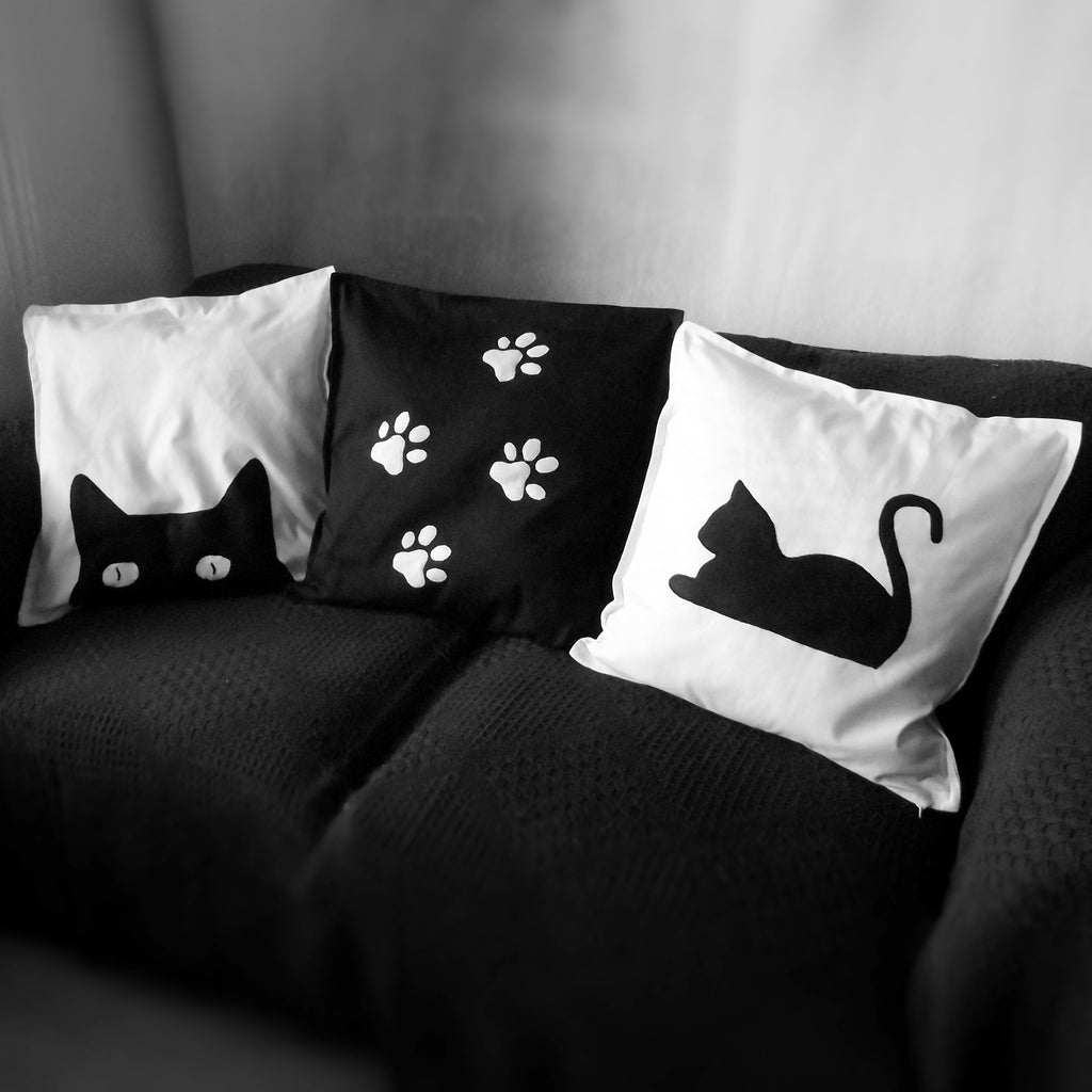 Black And White Cat Themed Throw Cushion Cover Pillow