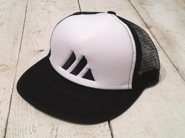 Foam Trucker (White / Black)