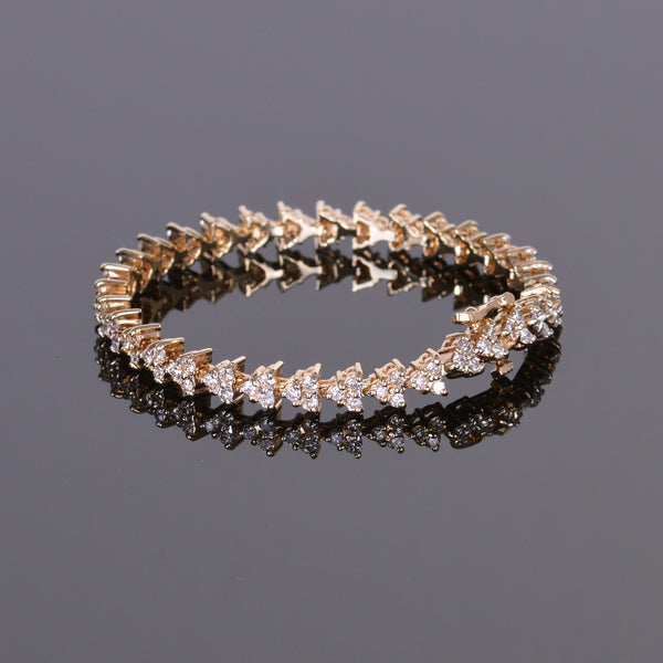 Diamond Triangle Link Bracelet in 14k Yellow Gold (Estate)