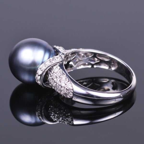 Tahitian pearl and diamond ring