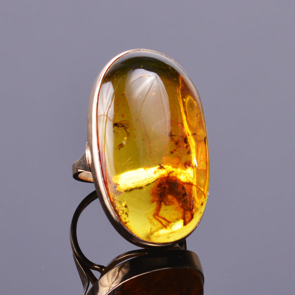 Prehistoric Amber Bug Ring (Estate)