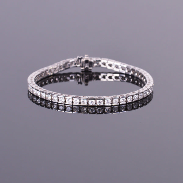Diamond Tennis Bracelet in White Gold (Estate)