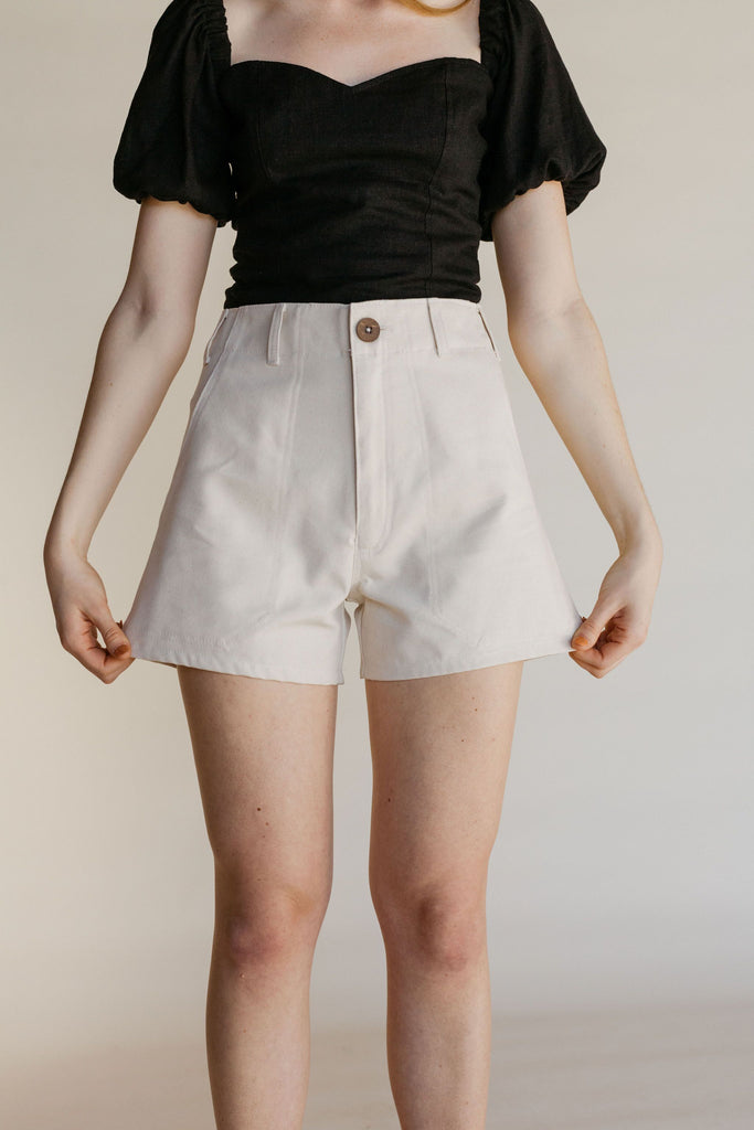 Reed Short - Cream Canvas