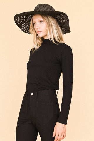 Black Kelly Turtleneck