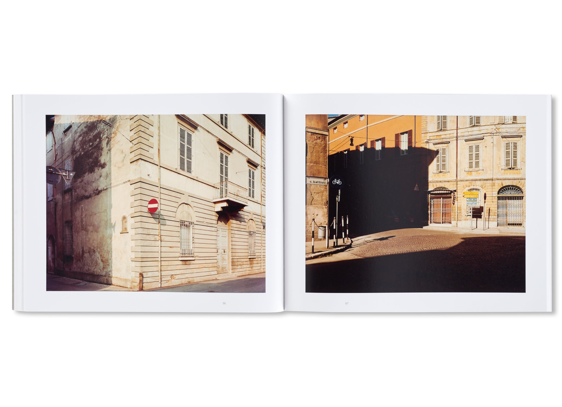 PER STRADA by Guido Guidi [SIGNED]