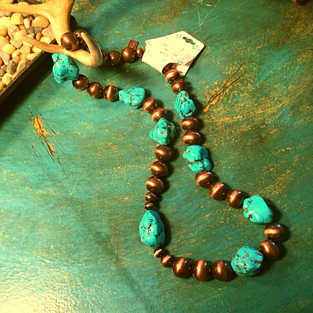 Turquoise Beaded chunky necklace - Blessed and Beautiful Boutique