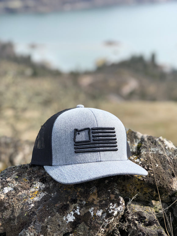 Grey Heather/Black Trucker