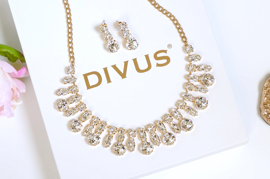 Handmade necklace made with Swarovski crystals DIVUS