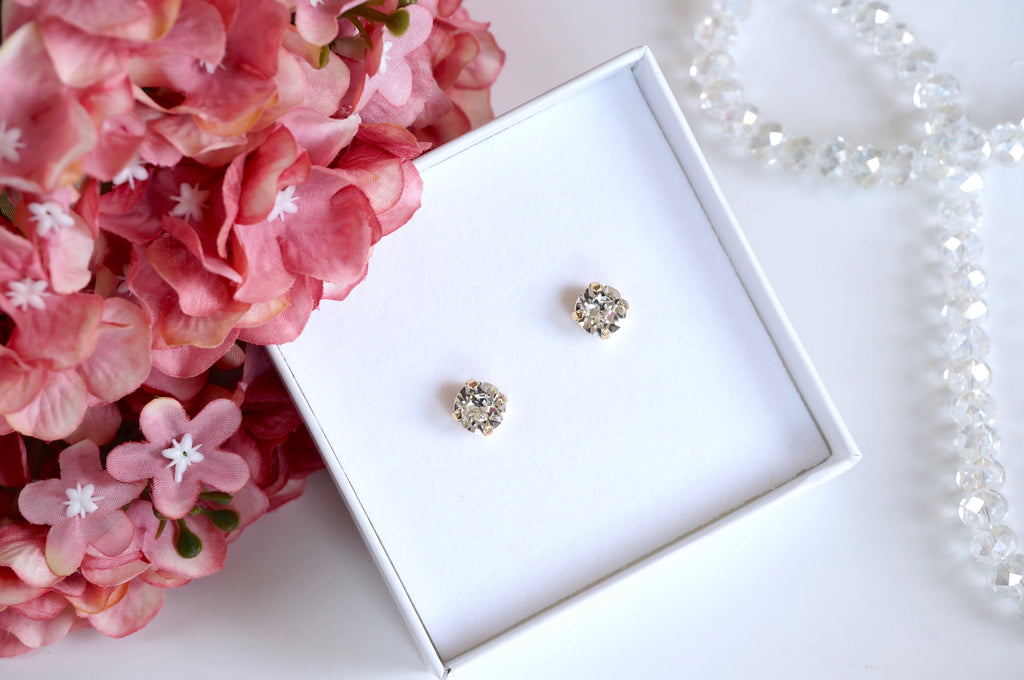 Studs from divus made with Swarovski crystals