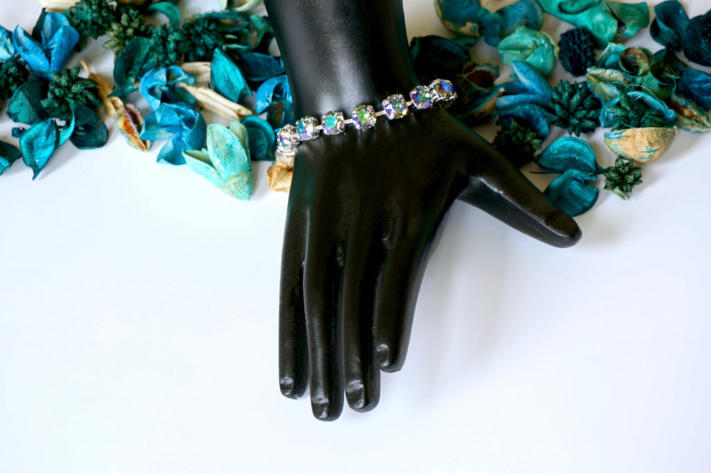 bracelets made with swarovski crystals make best gifts for her, shop at divuscreations india