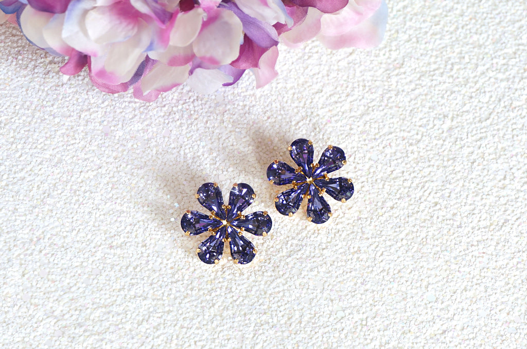 Floral tanzanite earrings from divus India