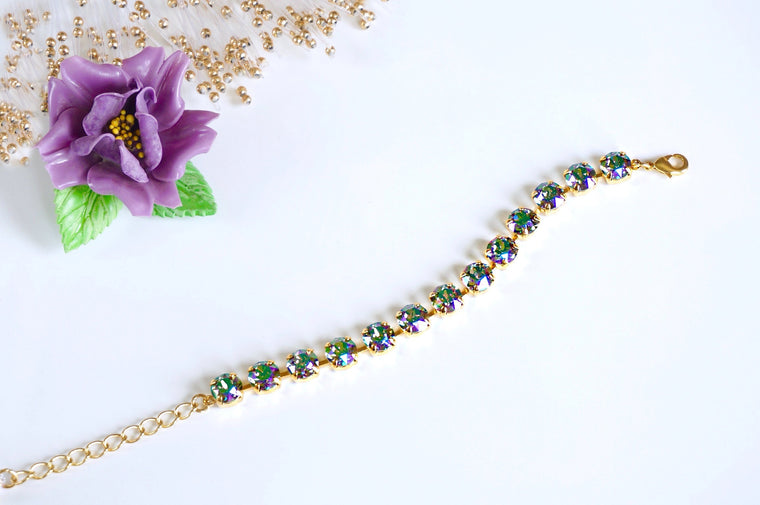Jewellery made with Swarovski crystals, shop online at divuscreations India