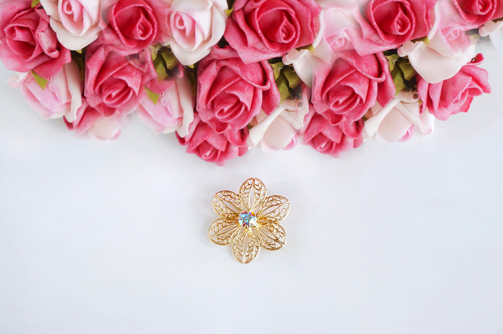 Brooch pin & other fashion accessories at divuscreations India, shop online