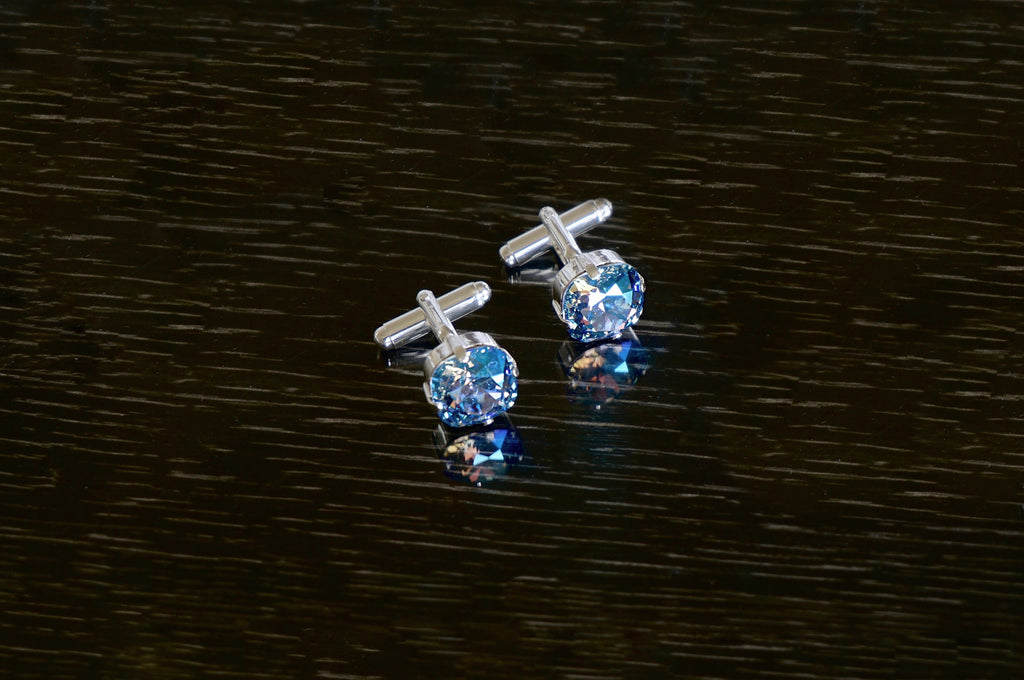 Sparkling crystal cufflinks for the man in your life DIVUS
