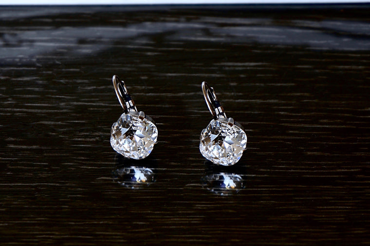White crystal earrings DIVUS India