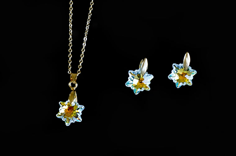 DIVUS created beautiful jewellery with Swarovski crystals, shop online