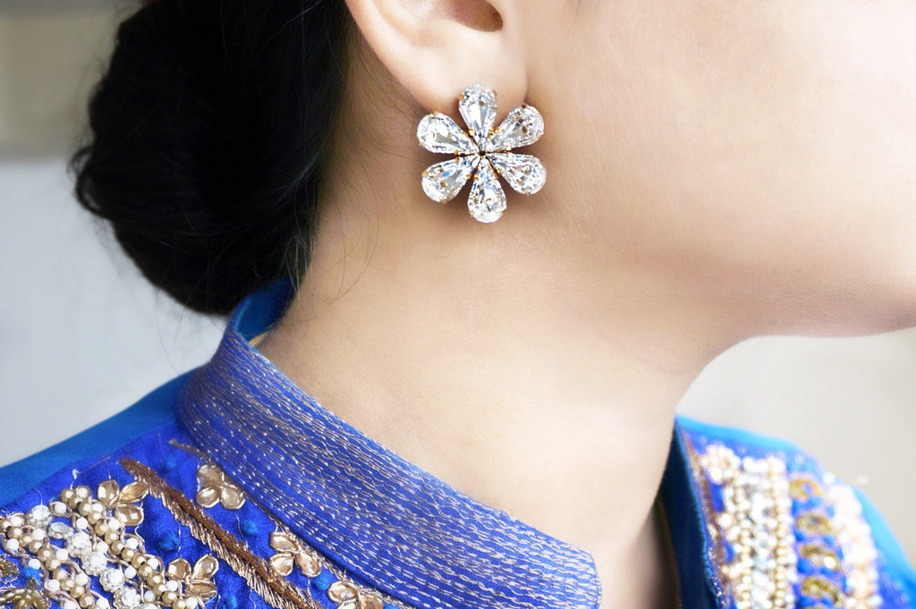 Shop online for beautiful earrings to gift a loved one at divuscreations