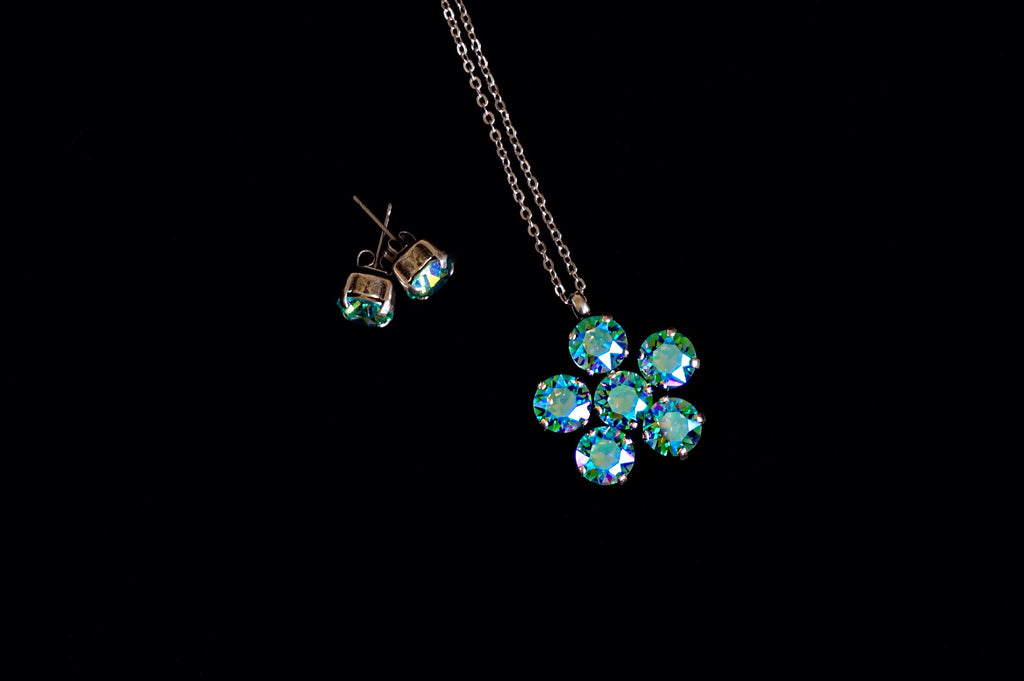 Handcrafted jewellery made with Swarovski crystals shop online India