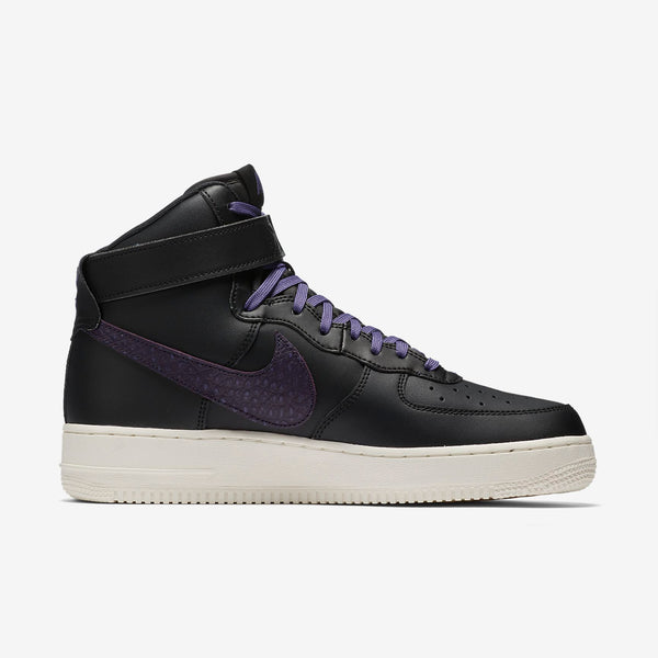 Air Force 1 High 07 LV8