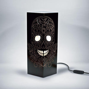 Skull Shadow Illusion Lamp - Lampeez