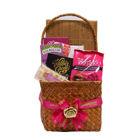 Gourmet Basket Medium