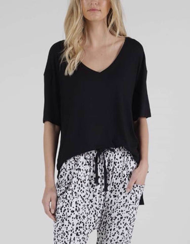 Betty Basics Boyfriend Tee - Black