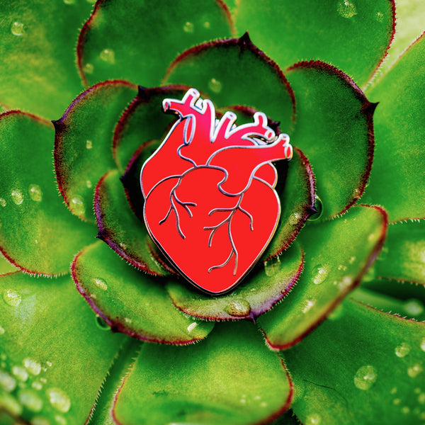 Coeur Rouge (Red Heart) Enamel Pin