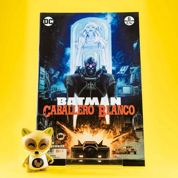 Cómic Batman Caballero Blanco 6/8 de ECC | Wash Cómics