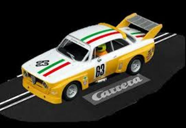 Carrera Evo Alfa GTA Silhouette Yellow #63