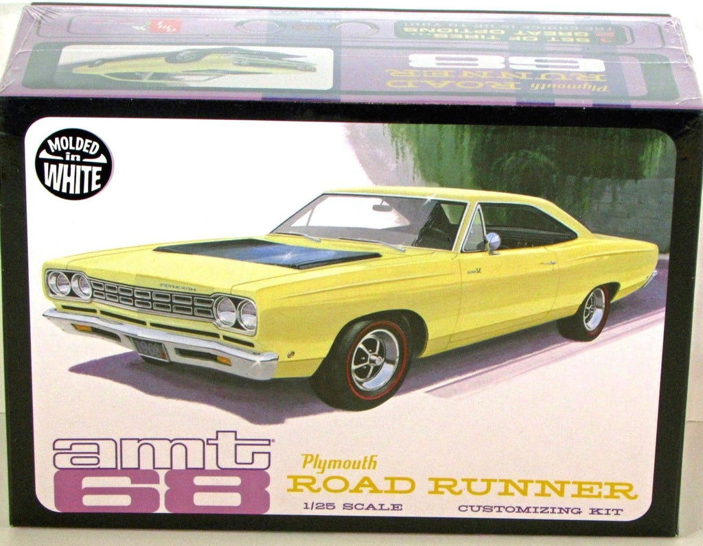 AMT 821 1968 Plymouth Road Runner