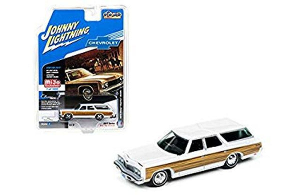 Johnny Lightning MiJo Classic Gold 1973 Chevy Caprice Estate