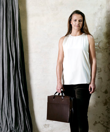 Leather briefcase: AMBASSADOR (dark brown)