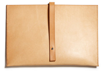 Leather computer sleeve: SIXTEN (natural)