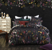 Load image into Gallery viewer, Maisie Duvet Set
